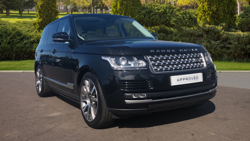 Land Rover Range Rover 3.0 TDV6 Vogue 4dr Diesel Automatic 5 door Estate (2017) image