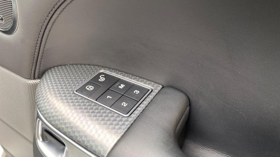 Land Rover Range Rover Sport 3.0 SDV6 HSE Dynamic 5dr image 17