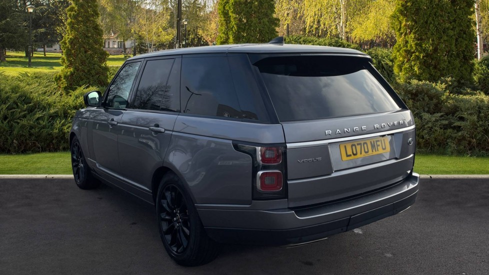 Land Rover Range Rover 3.0 SDV6 Vogue 4dr CD/DVD player, Heated steering wheel image 2
