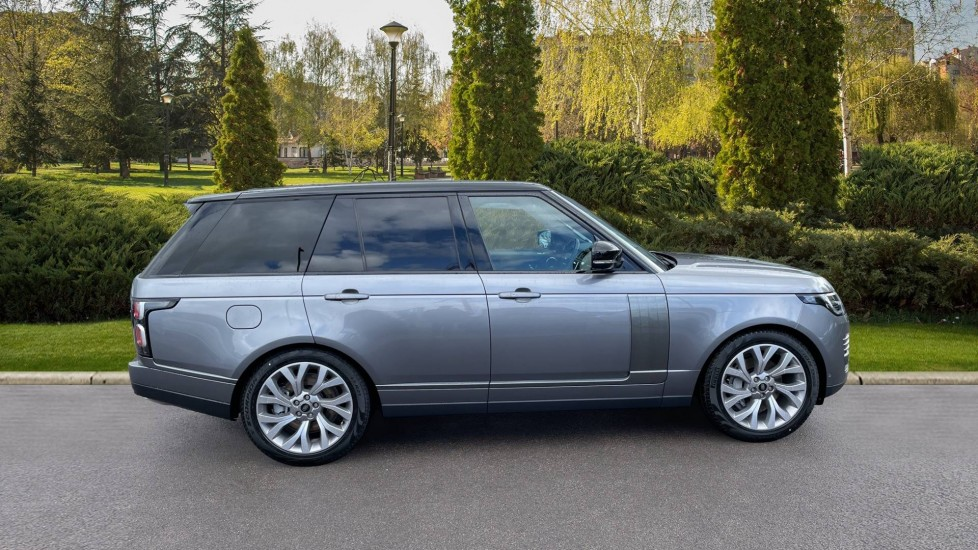 Land Rover Range Rover 3.0 D300 Autobiography 4dr Auto  Head-up Display, Privacy glass image 5