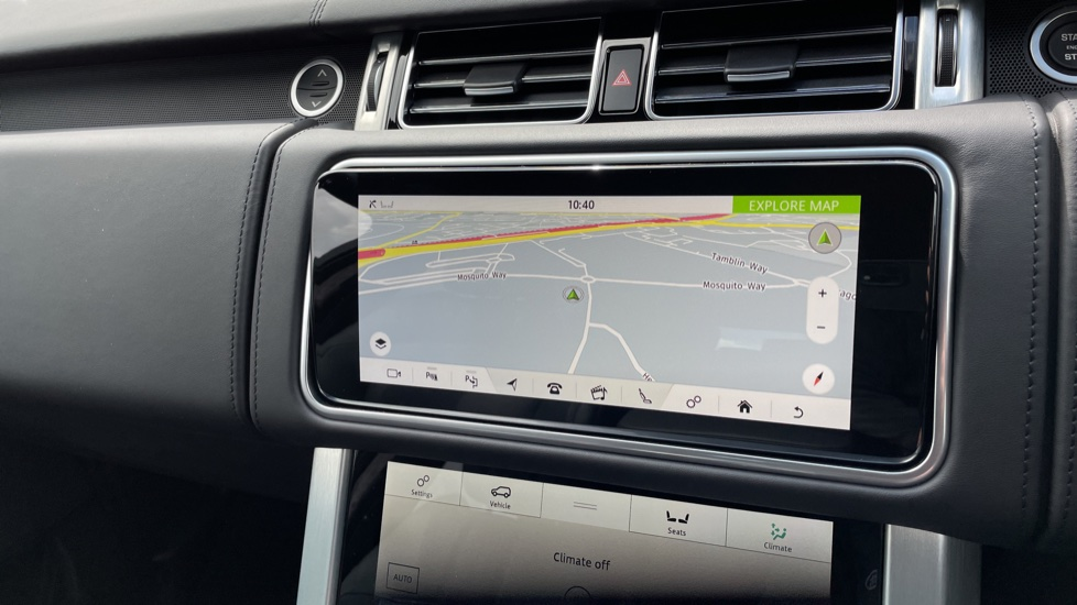 Land Rover Range Rover 3.0 D300 Autobiography 4dr Auto  Head-up Display, Privacy glass image 22