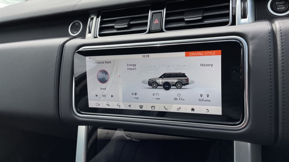 Land Rover Range Rover 3.0 D300 Autobiography 4dr Auto  Head-up Display, Privacy glass image 26