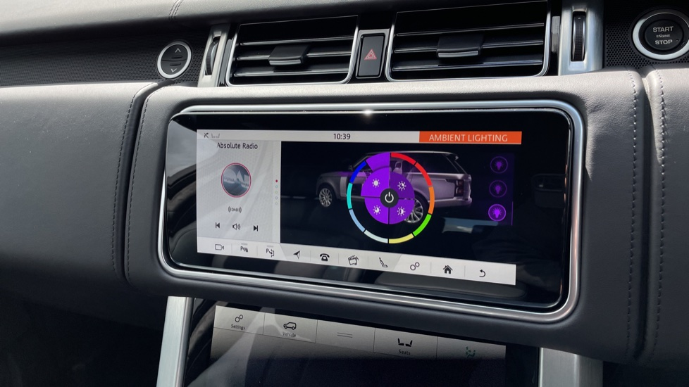 Land Rover Range Rover 3.0 D300 Autobiography 4dr Auto  Head-up Display, Privacy glass image 29