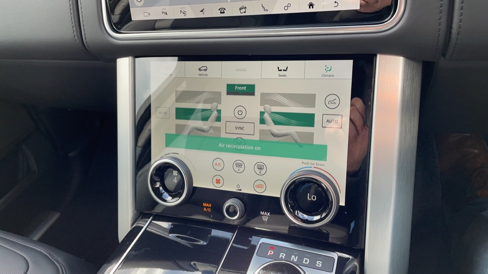 Land Rover Range Rover 3.0 D300 Autobiography 4dr Auto  Head-up Display, Privacy glass image 30