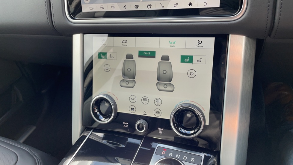 Land Rover Range Rover 3.0 D300 Autobiography 4dr Auto  Head-up Display, Privacy glass image 32