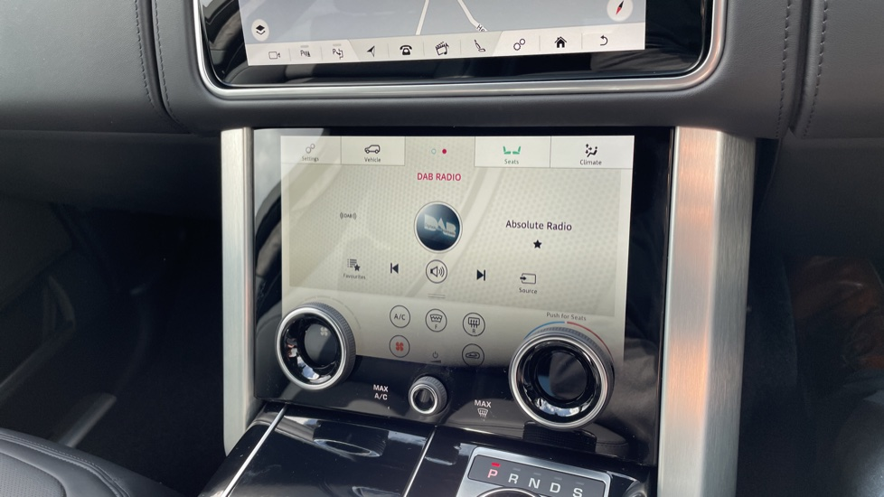 Land Rover Range Rover 3.0 D300 Autobiography 4dr Auto  Head-up Display, Privacy glass image 35