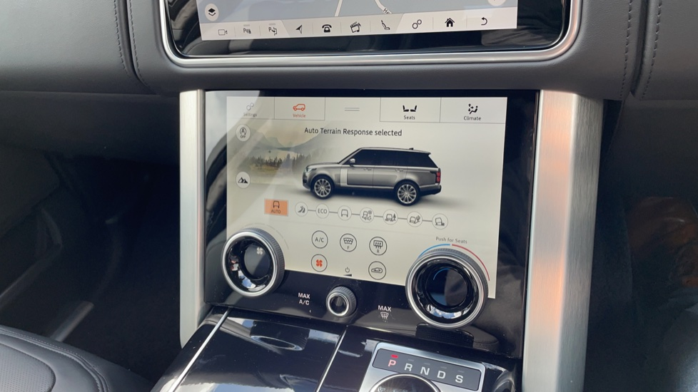 Land Rover Range Rover 3.0 D300 Autobiography 4dr Auto  Head-up Display, Privacy glass image 36
