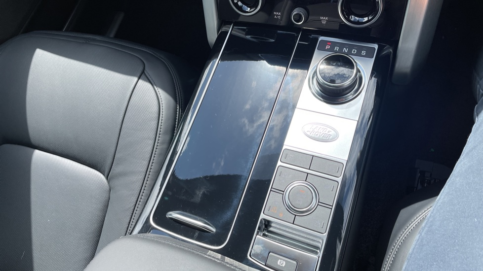 Land Rover Range Rover 3.0 D300 Autobiography 4dr Auto  Head-up Display, Privacy glass image 37