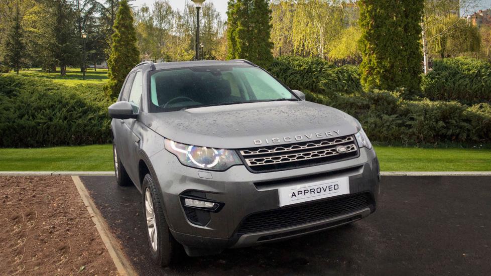 Land Rover Discovery Sport 2.0 TD4 SE TECH Diesel 5 door 4x4 (2016) image