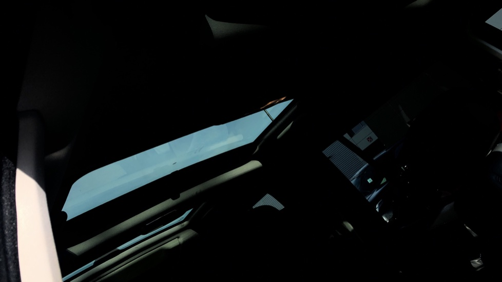 Land Rover Discovery 3.0 SDV6 Landmark 5dr image 26