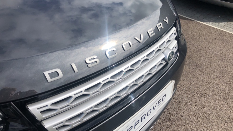 Land Rover Discovery 3.0 SDV6 HSE 5dr image 11
