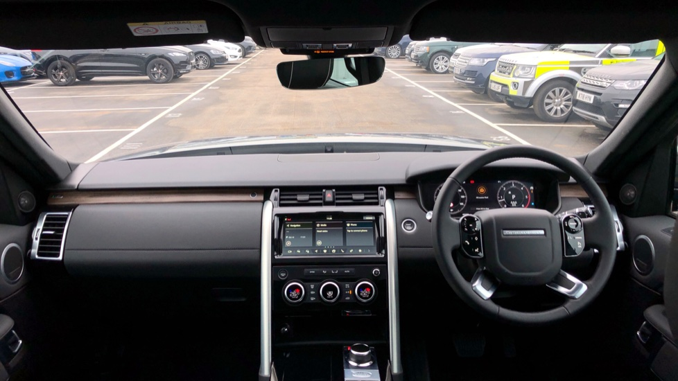 Land Rover Discovery 2.0 SD4 HSE 5dr image 9