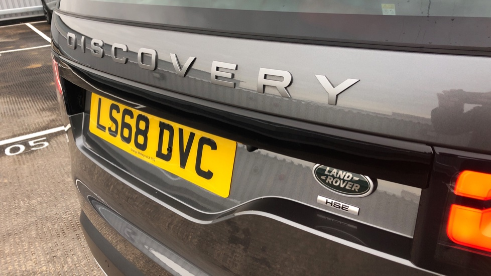 Land Rover Discovery 2.0 SD4 HSE 5dr image 36