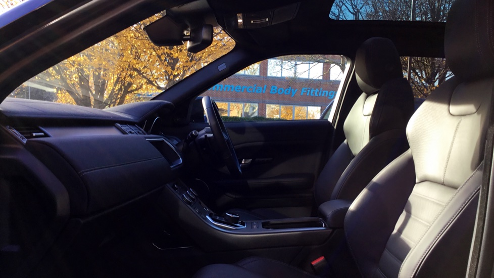 Land Rover Range Rover Evoque 2.0 SD4 HSE Dynamic 5dr image 3 thumbnail