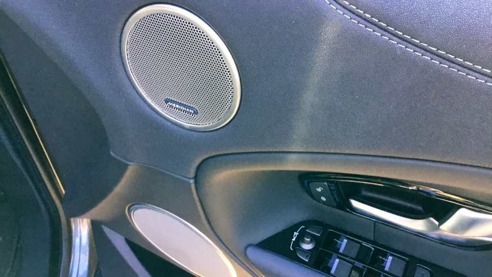 Land Rover Range Rover Evoque 2.0 SD4 HSE Dynamic 5dr image 15 thumbnail