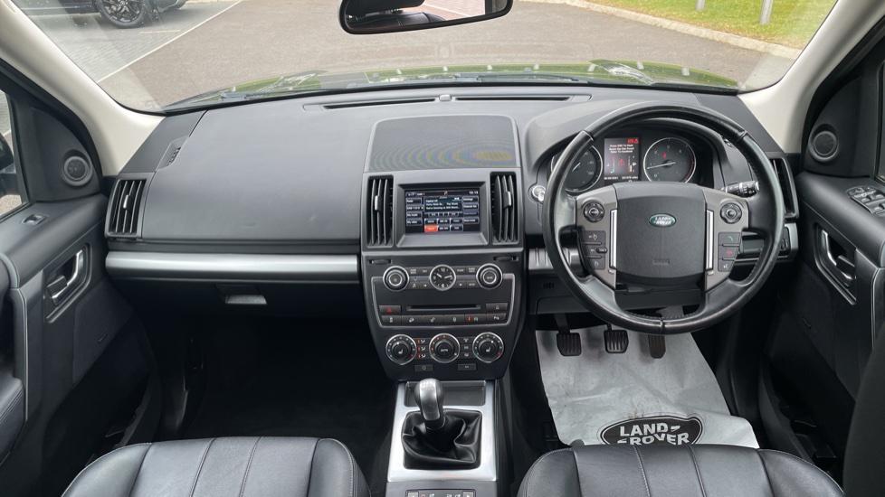 Land Rover Freelander 2.2 TD4 XS 5dr MeridianTM Sound System Heated front seats image 9
