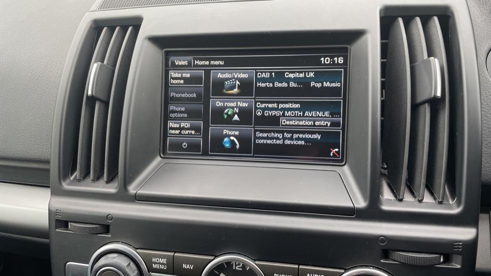Land Rover Freelander 2.2 TD4 XS 5dr MeridianTM Sound System Heated front seats image 19