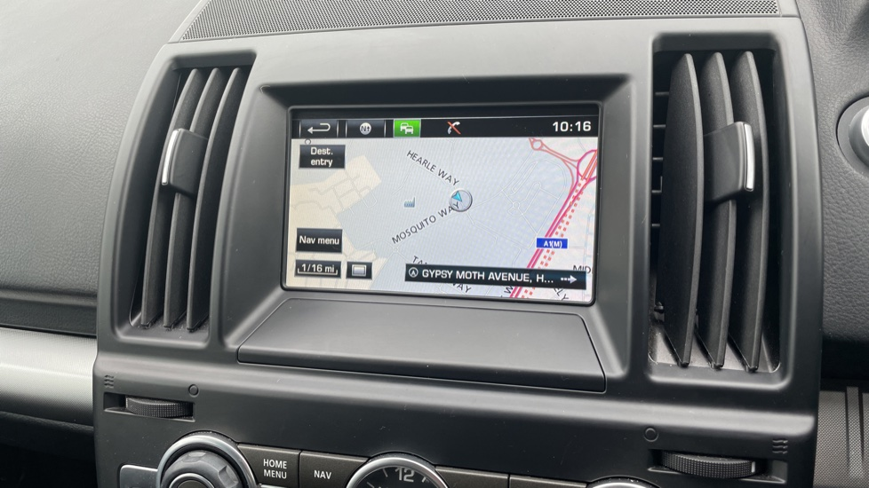 Land Rover Freelander 2.2 TD4 XS 5dr MeridianTM Sound System Heated front seats image 21