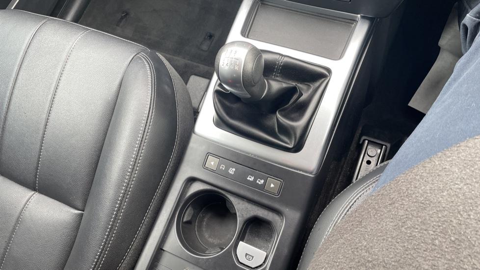 Land Rover Freelander 2.2 TD4 XS 5dr MeridianTM Sound System Heated front seats image 26