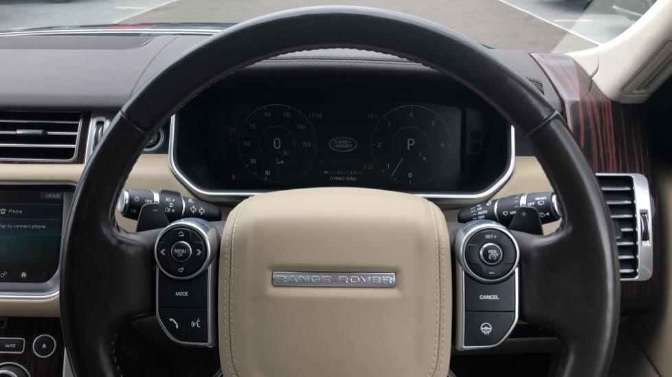 Land Rover Range Rover 3.0 TDV6 Vogue 4dr image 16