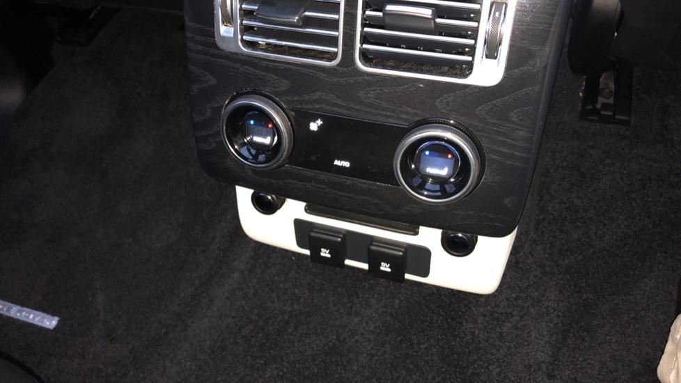 Land Rover Range Rover 5.0 V8 S/C Autobiography LWB 4dr image 12
