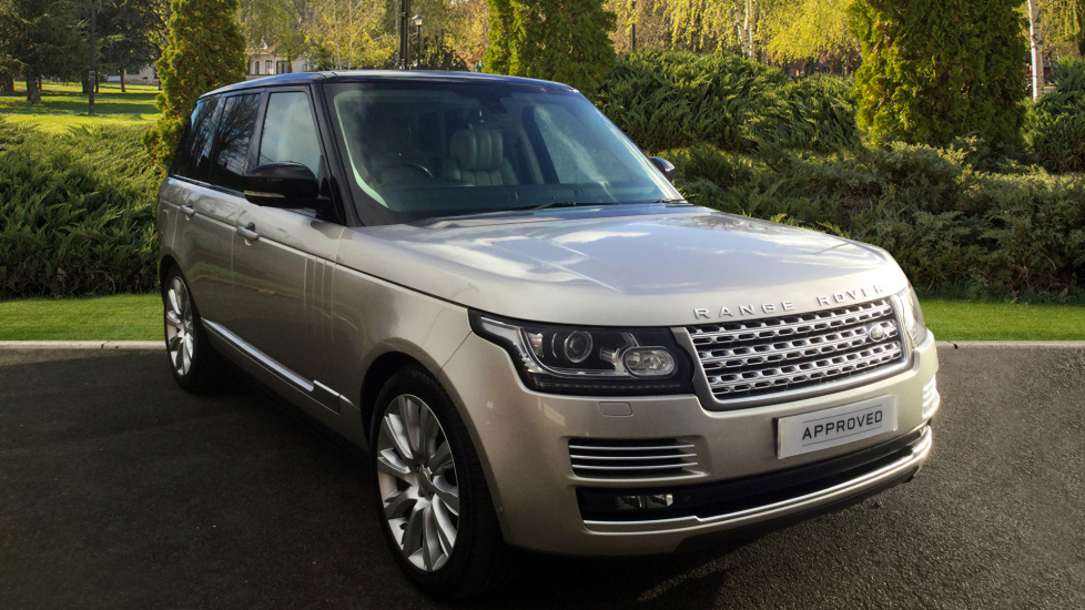 Land Rover Range Rover 4.4 SDV8 Autobiography 4dr Auto Privacy glass, Rear Seat Entertainment Diesel Automatic 5 door 4x4 at Land Rover Hatfield thumbnail image