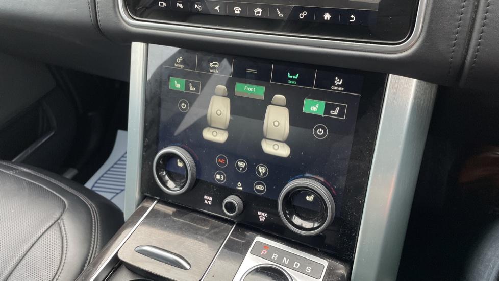 Land Rover Range Rover 4.4 SDV8 Autobiography 4dr image 35