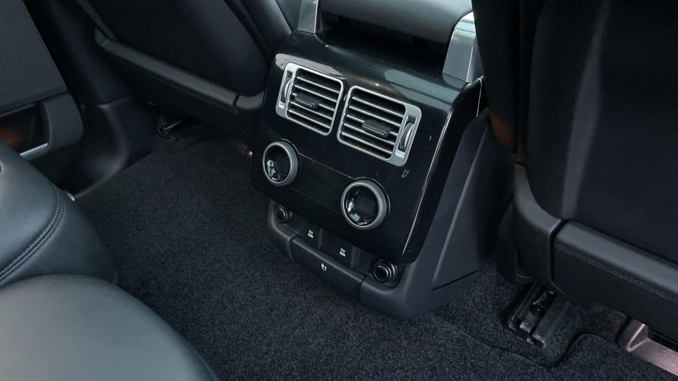 Land Rover Range Rover 4.4 SDV8 Autobiography 4dr image 12