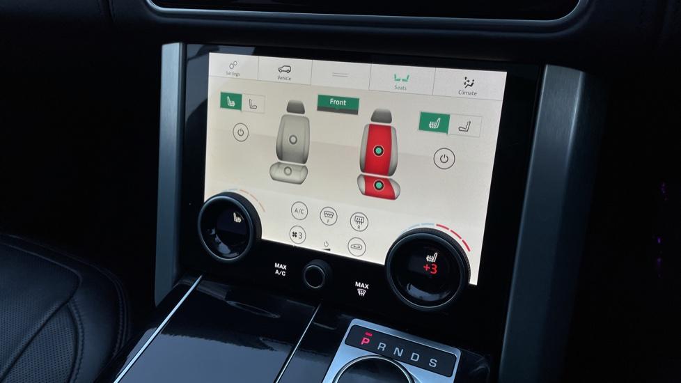 Land Rover Range Rover 4.4 SDV8 Autobiography 4dr image 34