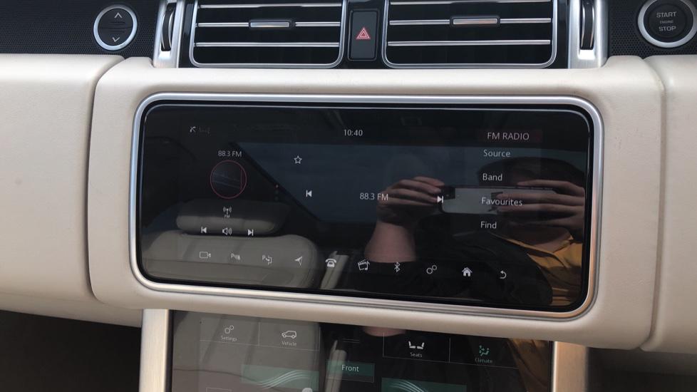 Land Rover Range Rover 4.4 SDV8 Vogue SE 4dr image 26