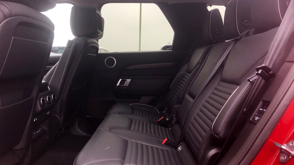 Land Rover Discovery 2.0 SD4 HSE Luxury 5dr image 4