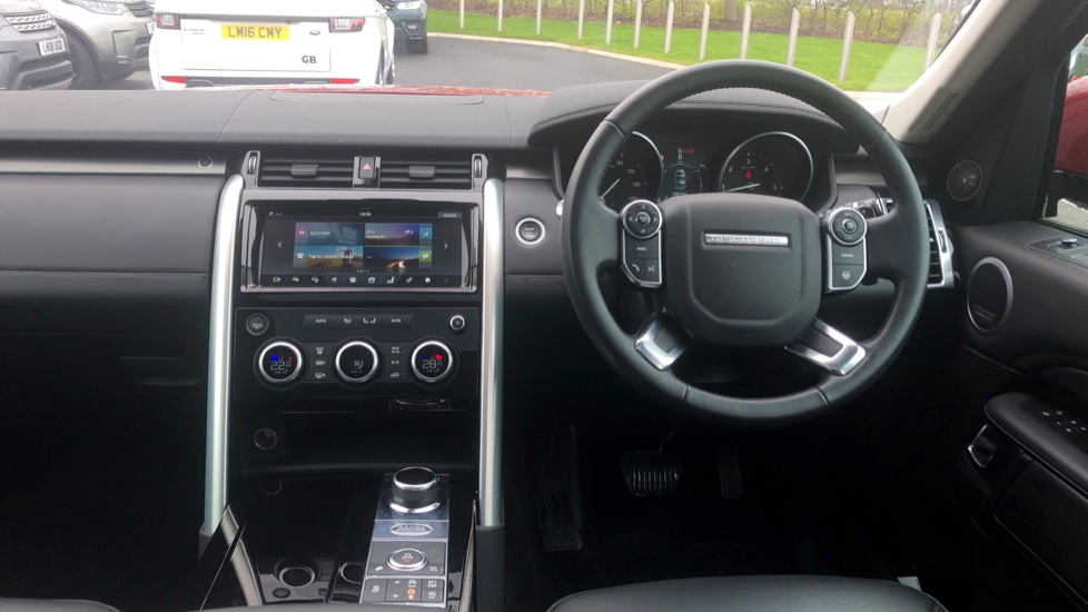 Land Rover Discovery 2.0 SD4 HSE Luxury 5dr image 38