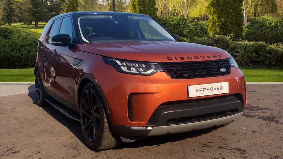 Land Rover Discovery 3.0 TD6 First Edition 5dr Diesel Automatic 4x4 (2017) image