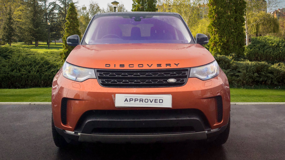 Land Rover Discovery 3.0 TD6 First Edition 5dr image 7