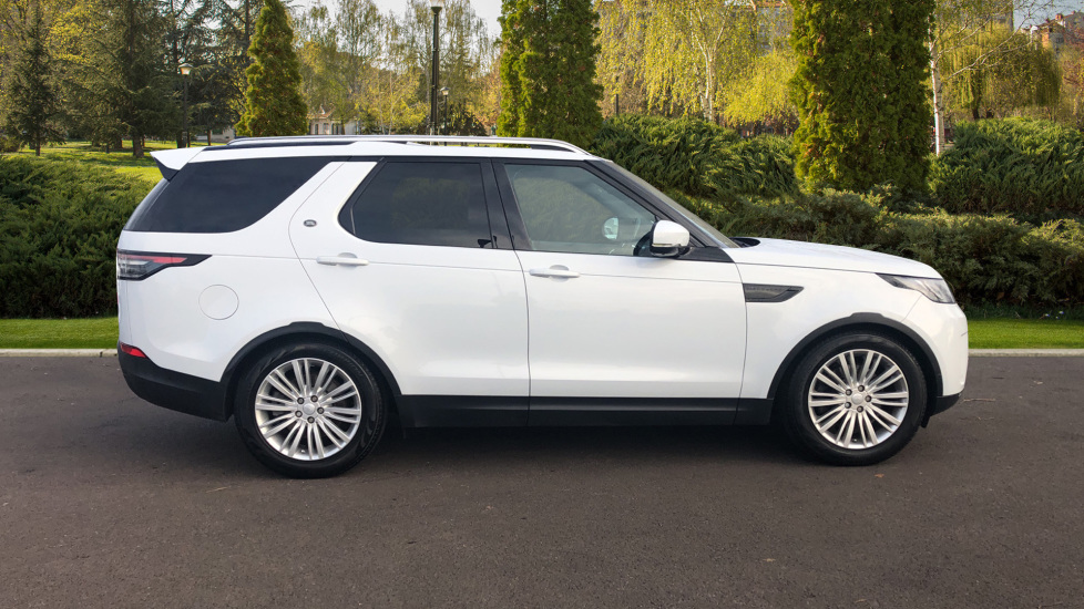 Land Rover Discovery 2.0 SD4 S 5dr image 5
