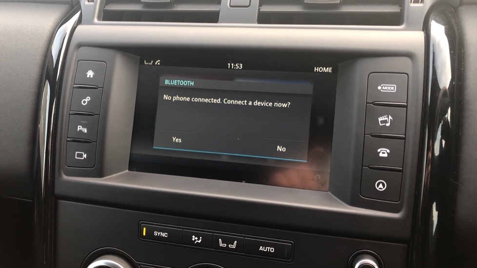 Land Rover Discovery 2.0 SD4 S 5dr image 20