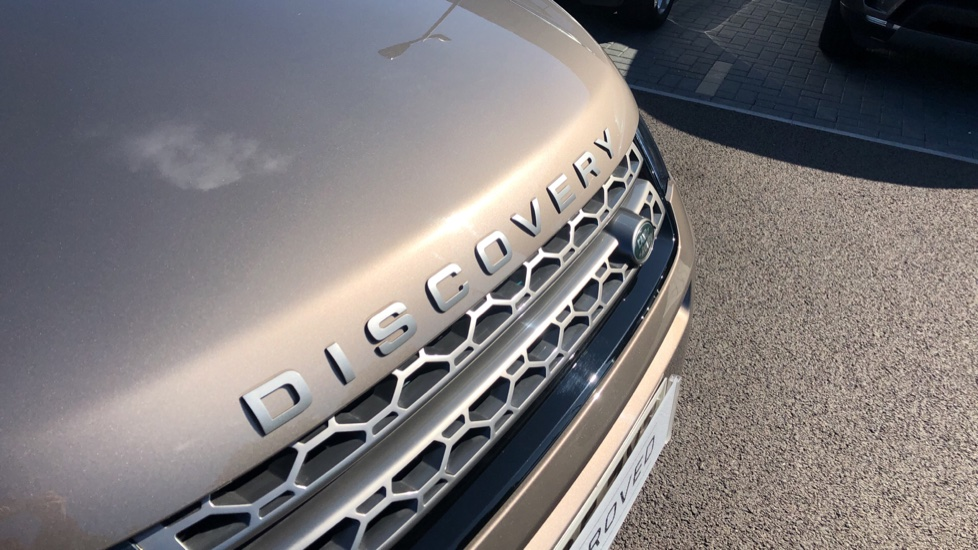 Land Rover Discovery Sport 2.0 TD4 180 SE Tech 5dr image 11