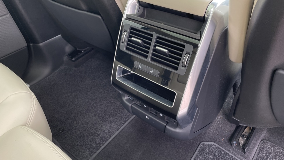 Land Rover Range Rover Sport 3.0 SDV6 HSE 5dr Privacy glass, Heated front and rear seats image 12