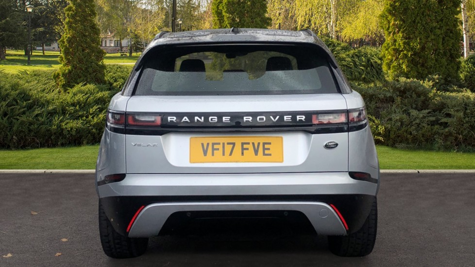 Land Rover Range Rover Velar 2.0 D180 5dr image 6