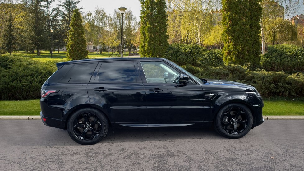 Land Rover Range Rover Sport 2.0 P400e HSE Fixed panoramic roof Meridian Surround Sound System image 5