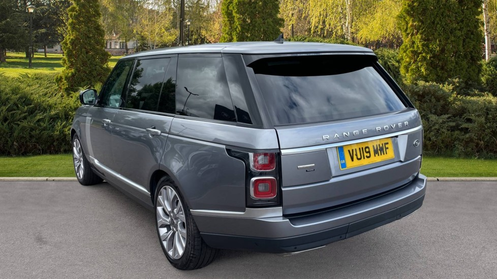 Land Rover Range Rover 3.0 P400 Autobiography LWB 4dr Auto Head-up Display 10 inch Rear Seat Entertainment image 2