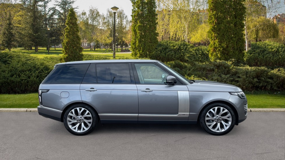 Land Rover Range Rover 3.0 P400 Autobiography LWB 4dr Auto Head-up Display 10 inch Rear Seat Entertainment image 5