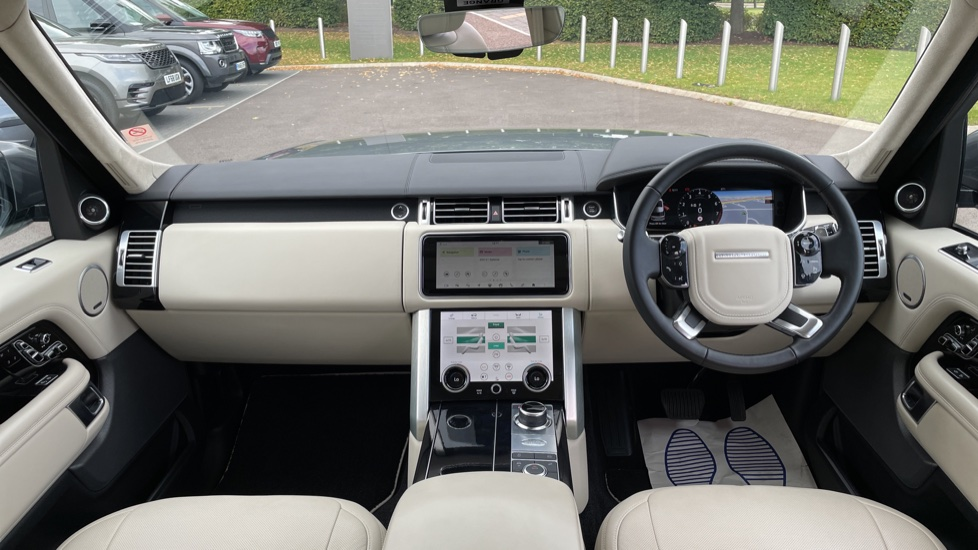 Land Rover Range Rover 3.0 P400 Autobiography LWB 4dr Auto Head-up Display 10 inch Rear Seat Entertainment image 9