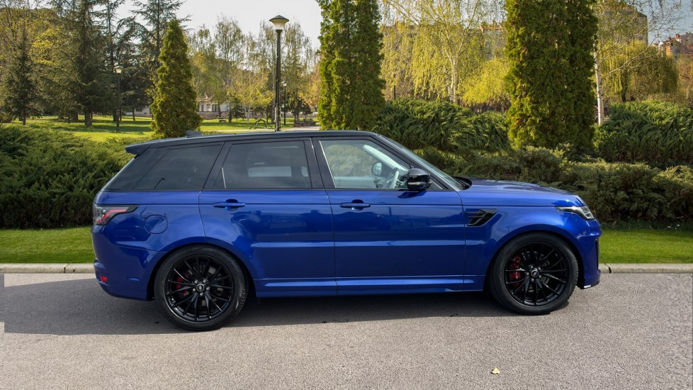 Land Rover Range Rover Sport 5.0 V8 S/C 575 SVR 5dr Adaptive Cruise Control with Stop & Go Heated steering wheel image 5