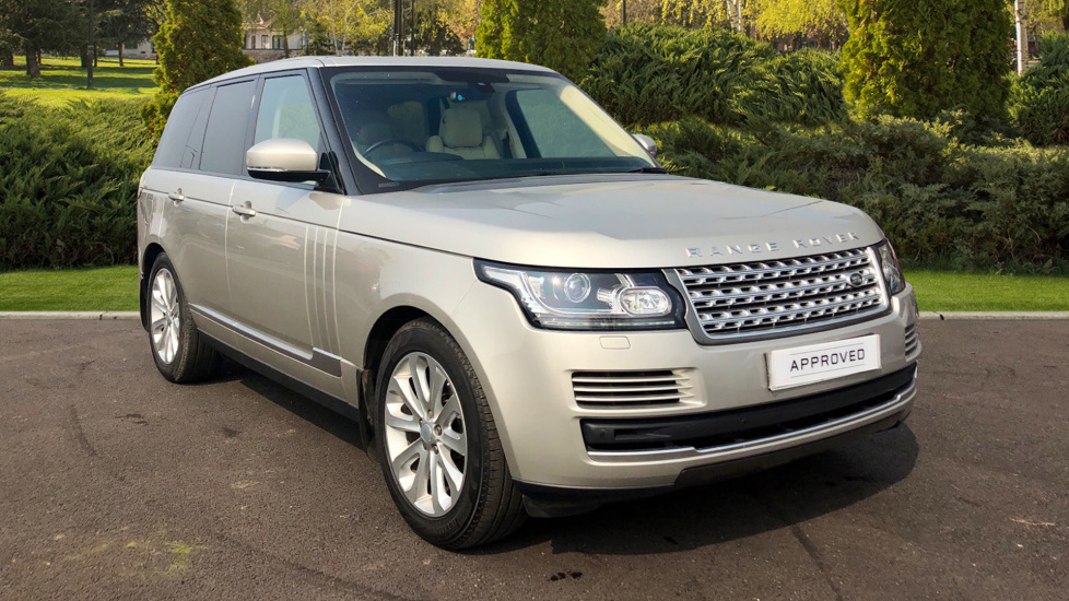 Land Rover Range Rover 3.0 TDV6 Vogue 4dr Diesel Automatic 5 door Estate (2016) image