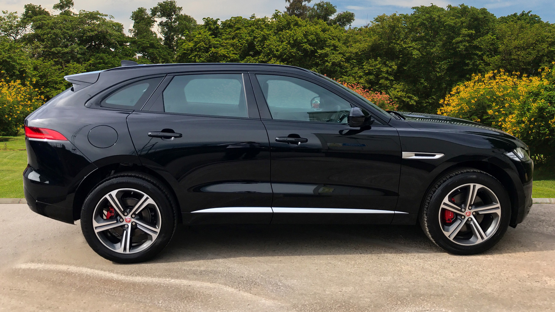 Used Jaguar F Pace 3 0D V6 S 5Dr Auto Awd Diesel Estate for Sale
