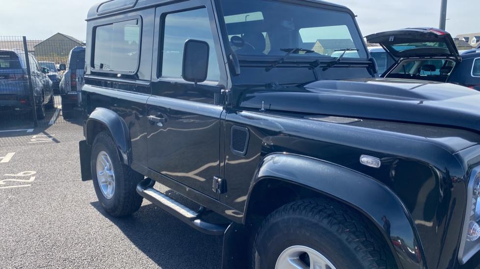 Land Rover Defender 90 Black Manual Auction | DealerPX