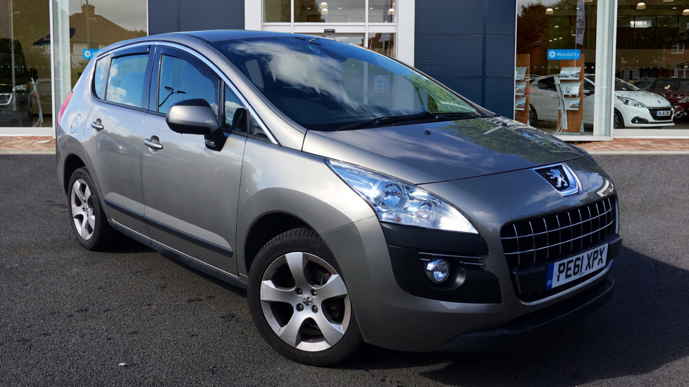 Used Peugeot 3008 SUV 1.6 HDi FAP Sport SUV 5dr