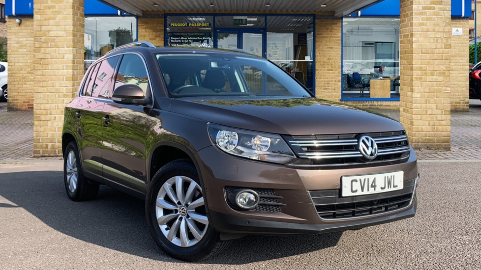 Used Volkswagen Tiguan SUV 2.0 TDI BlueMotion Tech Match DSG 4WD (s/s) 5dr