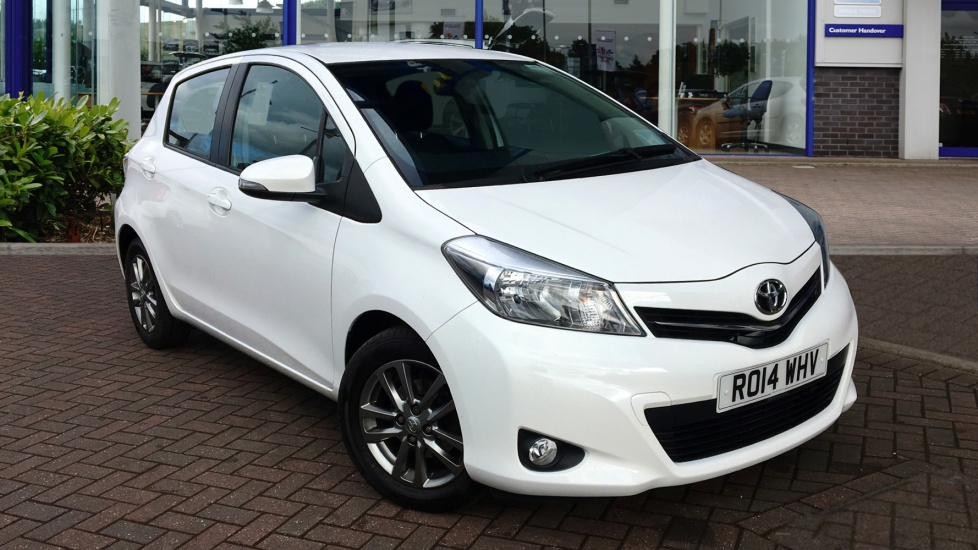 Used Toyota YARIS Hatchback 1.33 Icon+ (Smart pack) 5dr